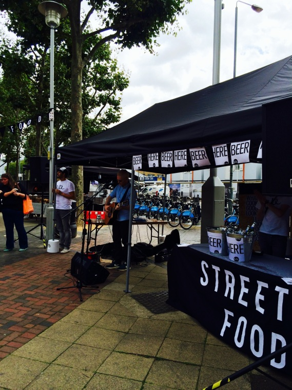 live music at Bite Street Food