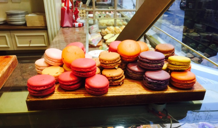 macaroons at maison blanc