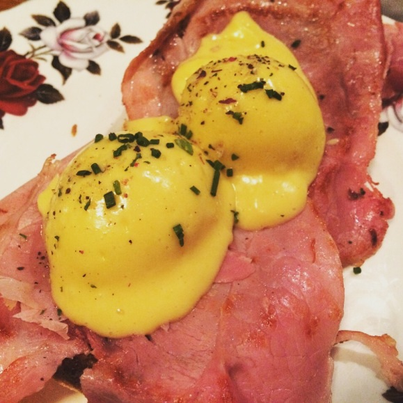 eggs benedict at electric diner portobello road London